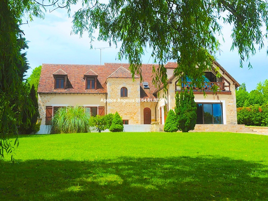 Vente Maison PERTHES  945 000 €