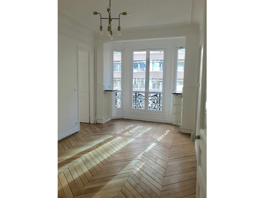 Location Appartement PARIS 17EME ARRONDISSEMENT 1 720 €