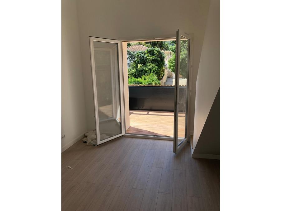 Vente Appartement  séjour 18 m²  LE PUY-SAINTE-REPARADE  239 000 €