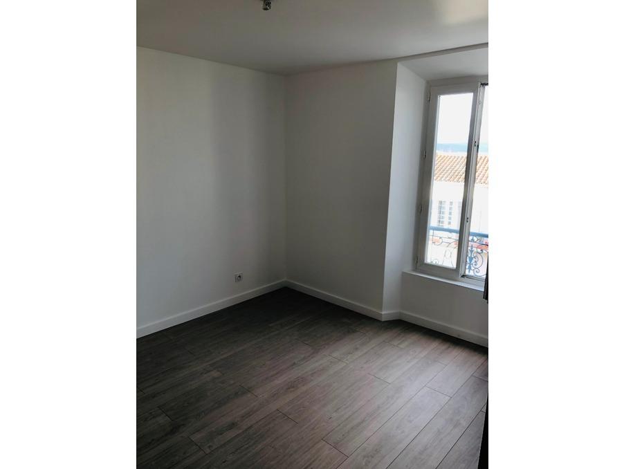Vente Appartement LE PUY-SAINTE-REPARADE 3