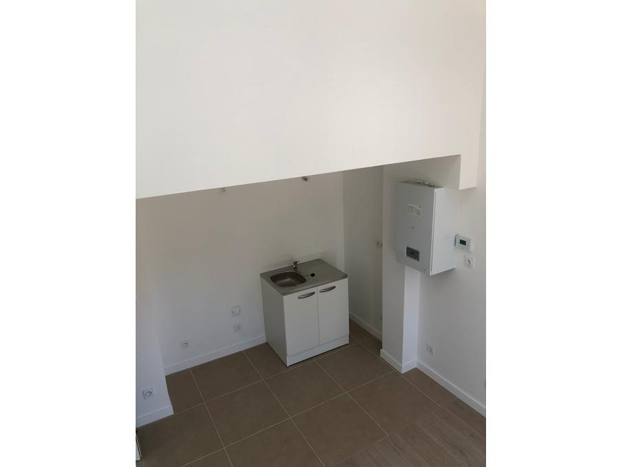 Vente Appartement LE PUY-SAINTE-REPARADE 6