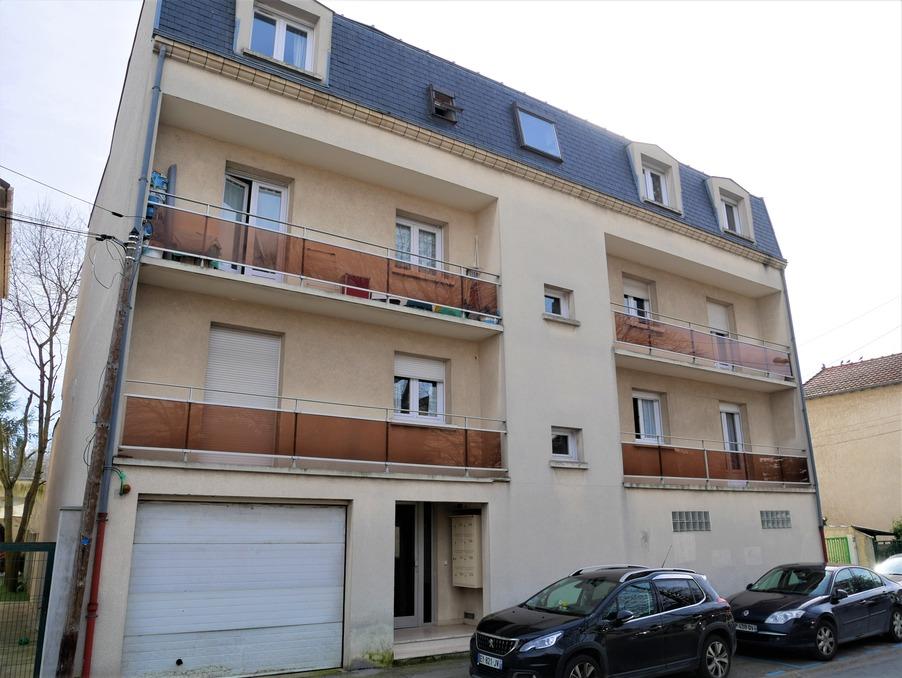 Location Appartement LIVRY GARGAN  695 €