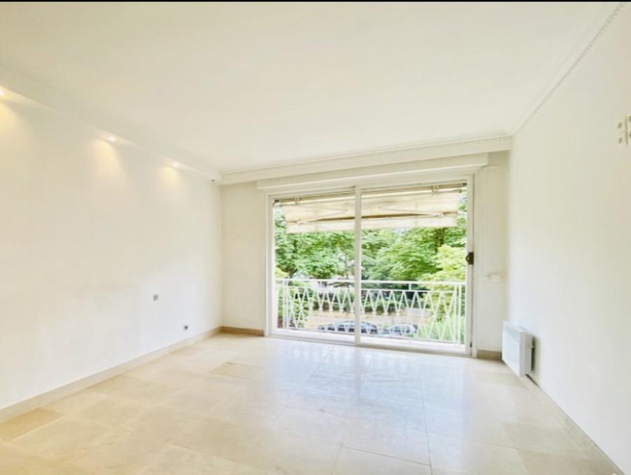 Vente Appartement  2 chambres  PARIS 1 083 600 €