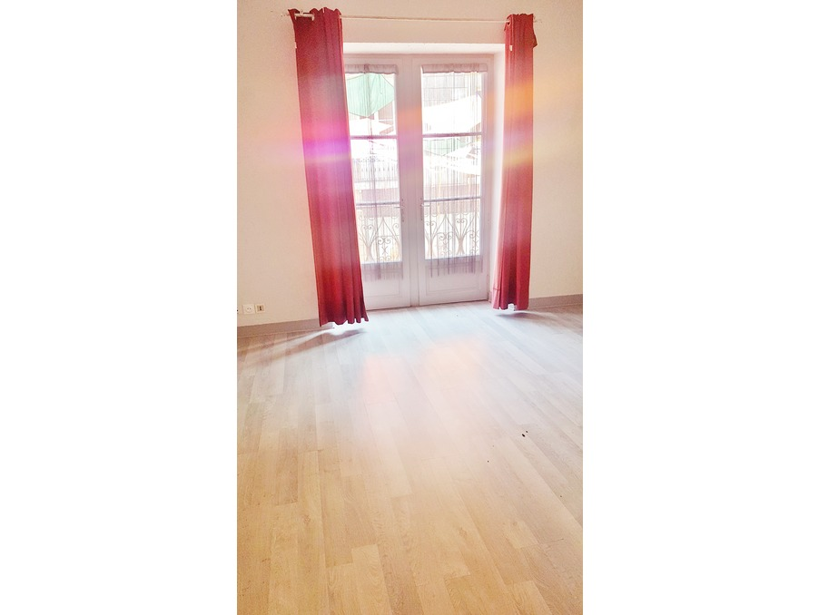 Location Appartement BRIVE LA GAILLARDE  333 €