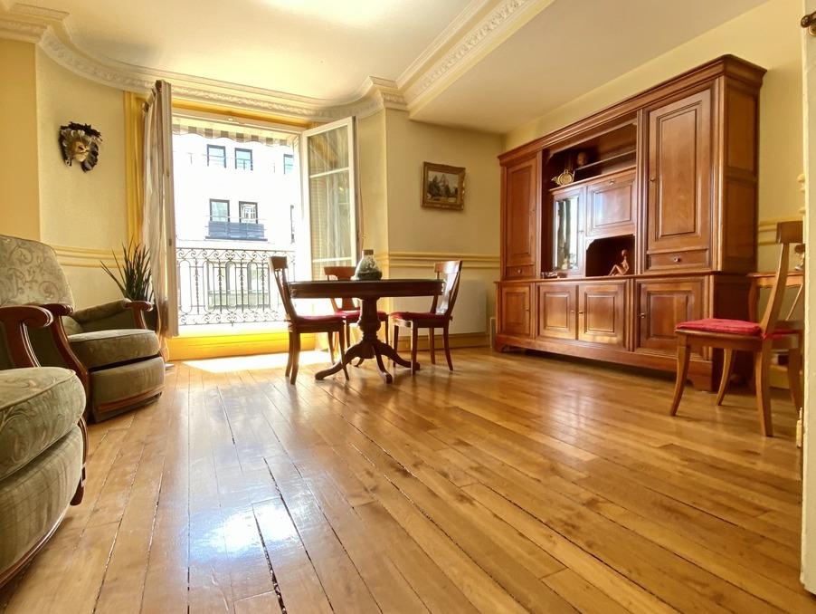 Vente Appartement PARIS 8EME ARRONDISSEMENT  960 000 €