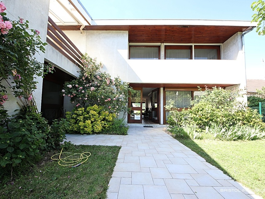 Vente Maison VILLEBON SUR YVETTE  748 000 €