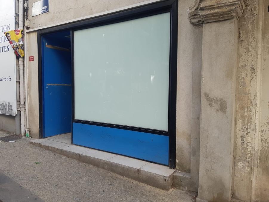 Vente Local Avignon 76 000 €