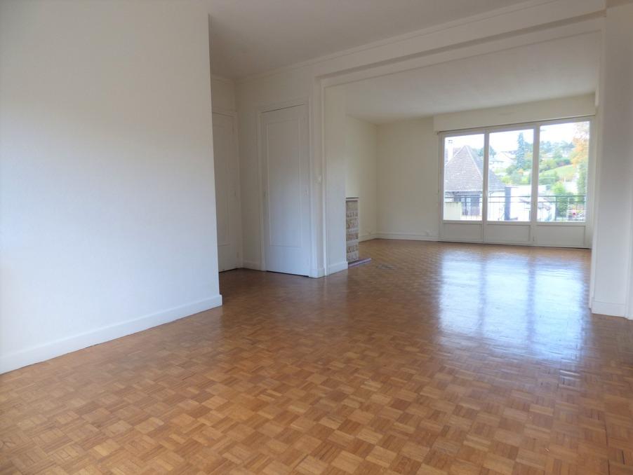 Location Appartement BRIVE LA GAILLARDE  555 €