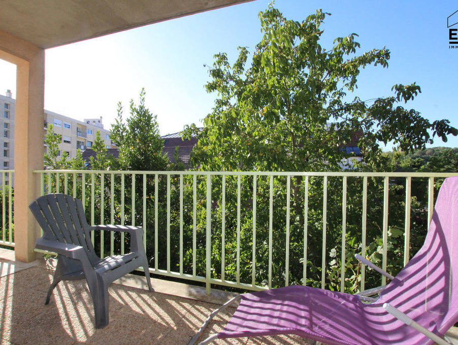 Vente Appartement Epernon  117 500 €