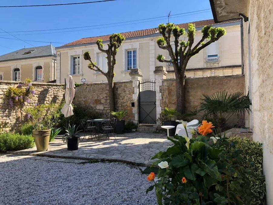 Vente Maison  1 salle de bain  ANGOULEME  270 900 €