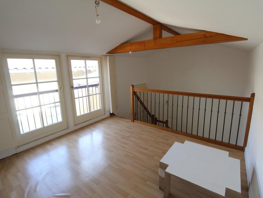 Location Appartement TOURNUS  380 €