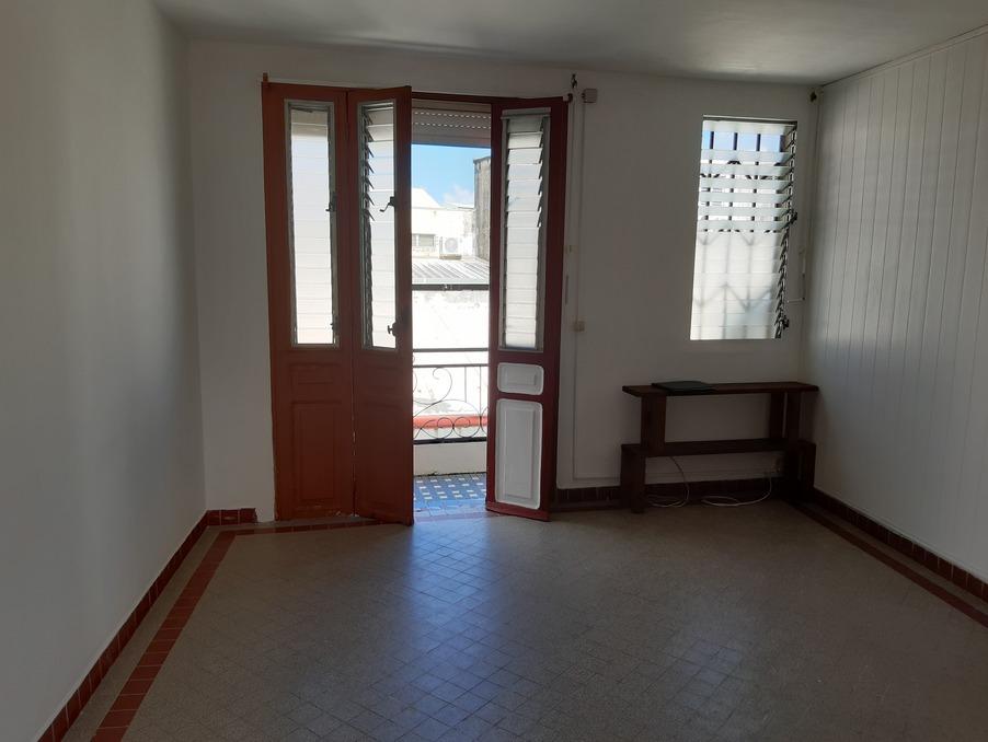 Location Appartement FORT DE FRANCE  600 €