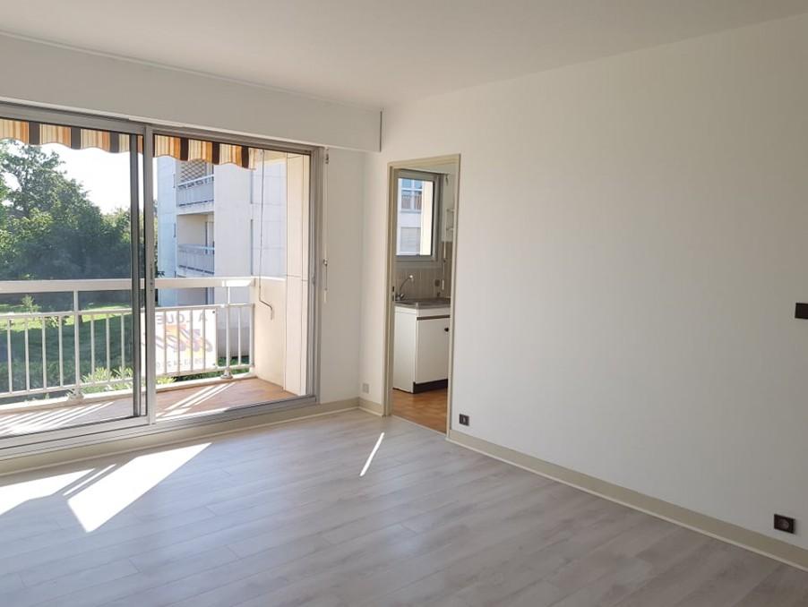 Location Appartement BERGERAC  435 €