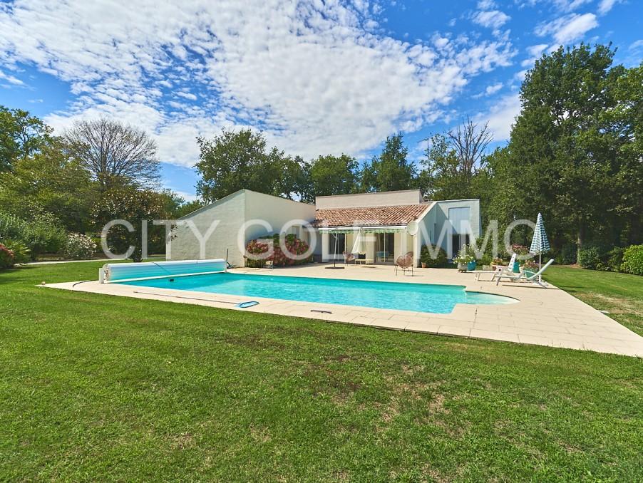 Vente Maison Saint-Sulpice-et-Cameyrac  894 000 €