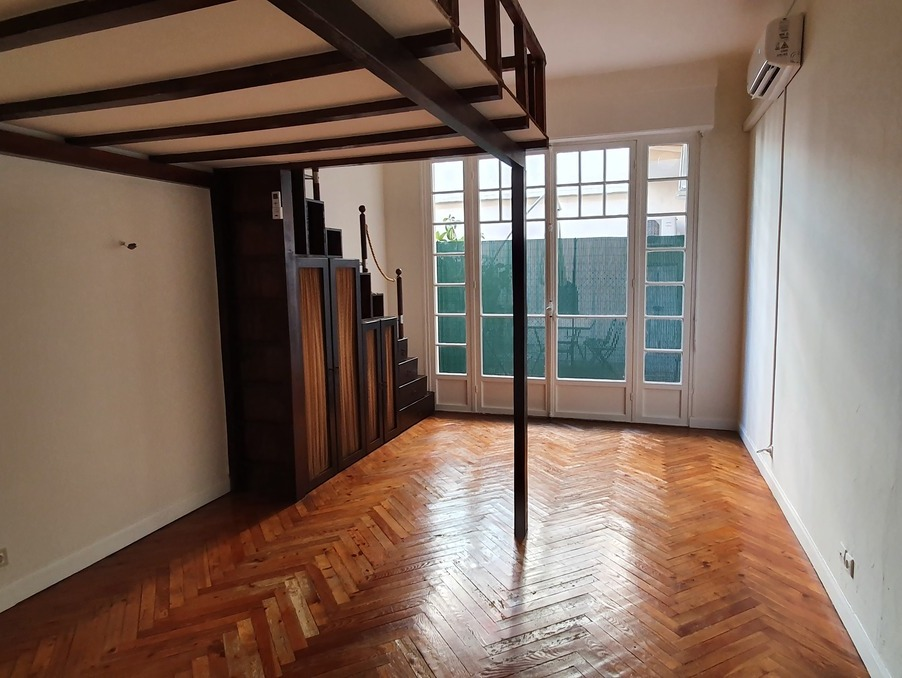 Location Appartement NICE 4