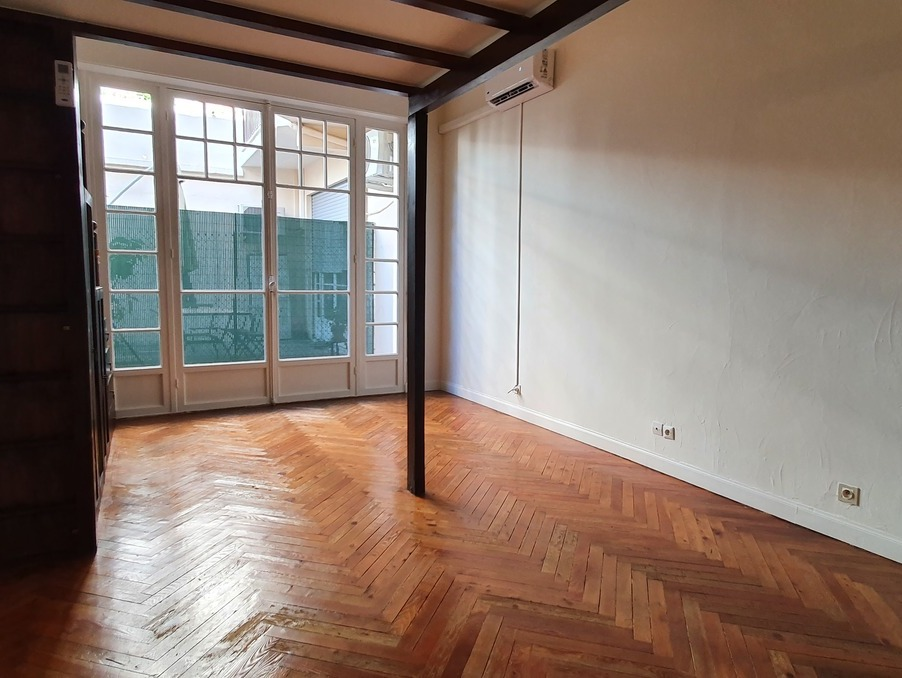 Location Appartement NICE 5