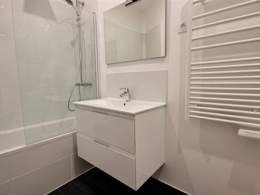 Location Appartement PARIS 7EME ARRONDISSEMENT 10