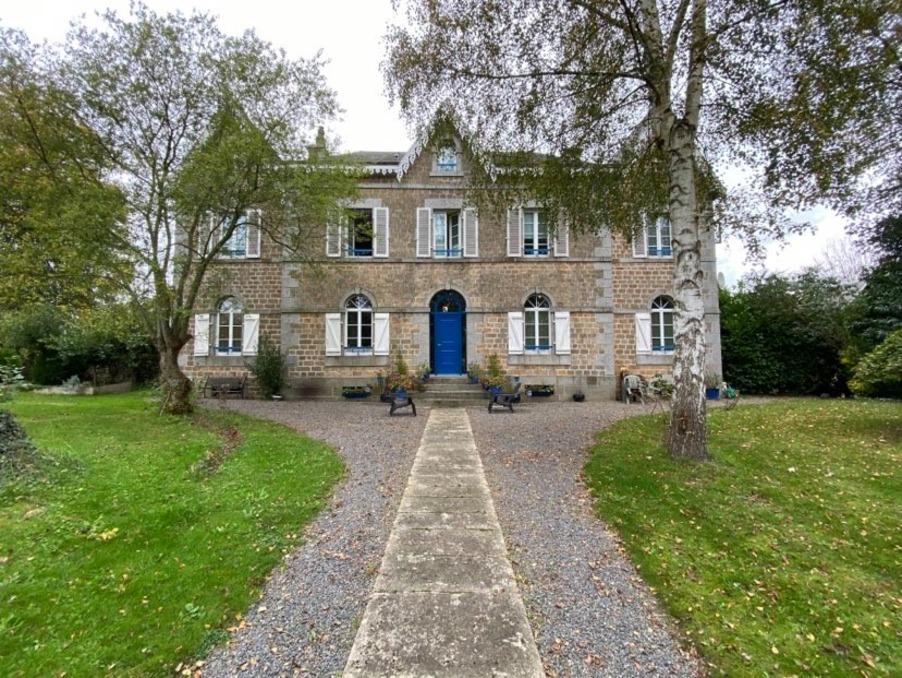 Vente Propriete  séjour 35 m²  VIREY  366 000 €