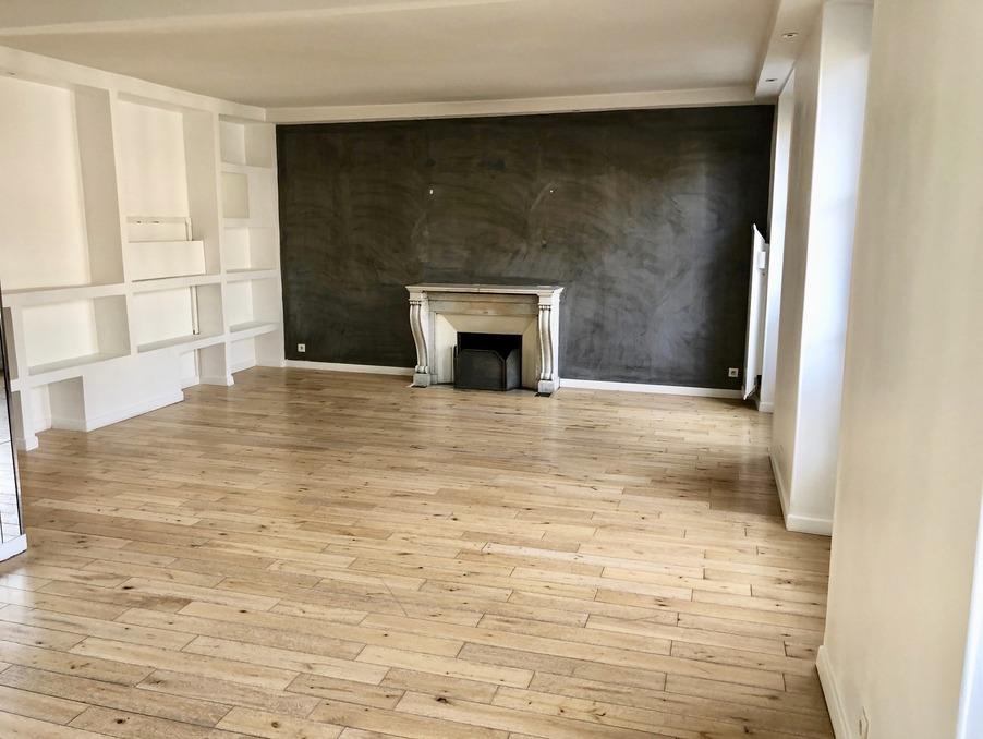 Location Appartement PARIS 3EME ARRONDISSEMENT 2 800 €