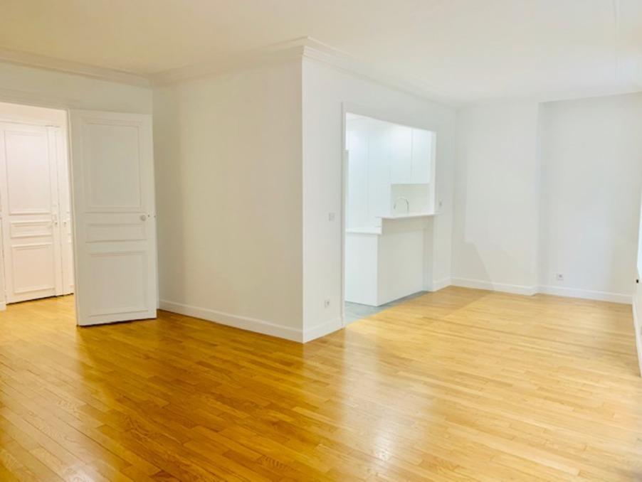 Location Appartement PARIS 4EME ARRONDISSEMENT 8