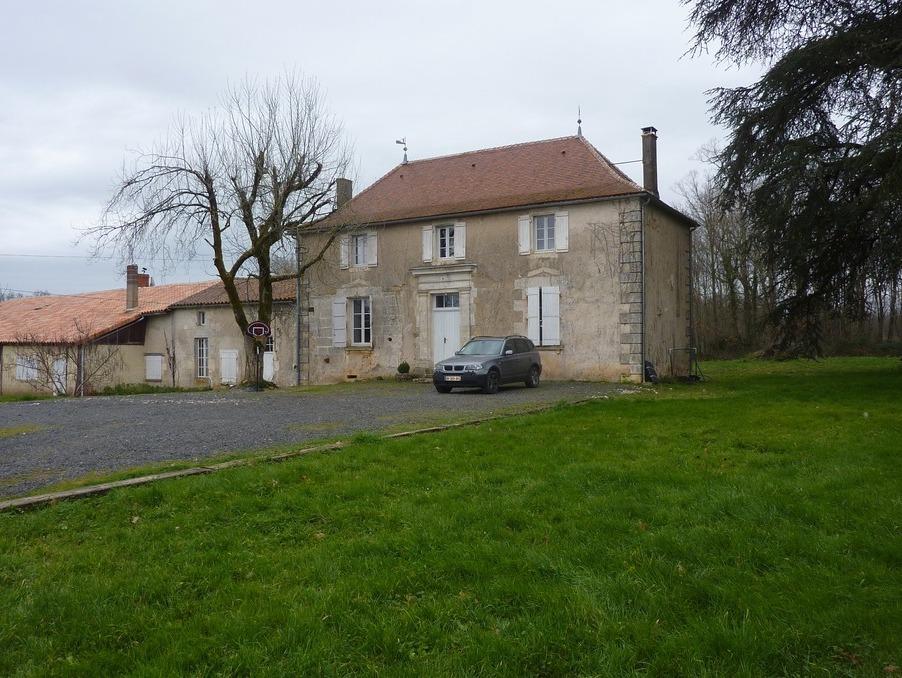 Vente Propriete La rochefoucauld  267 750 €