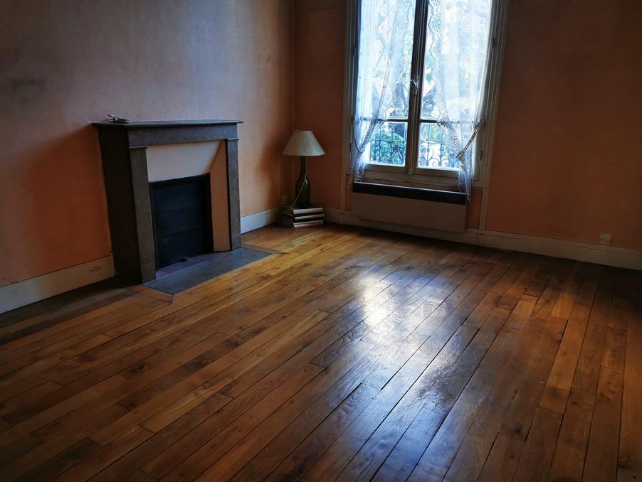 Location Appartement CHOISY LE ROI  900 €