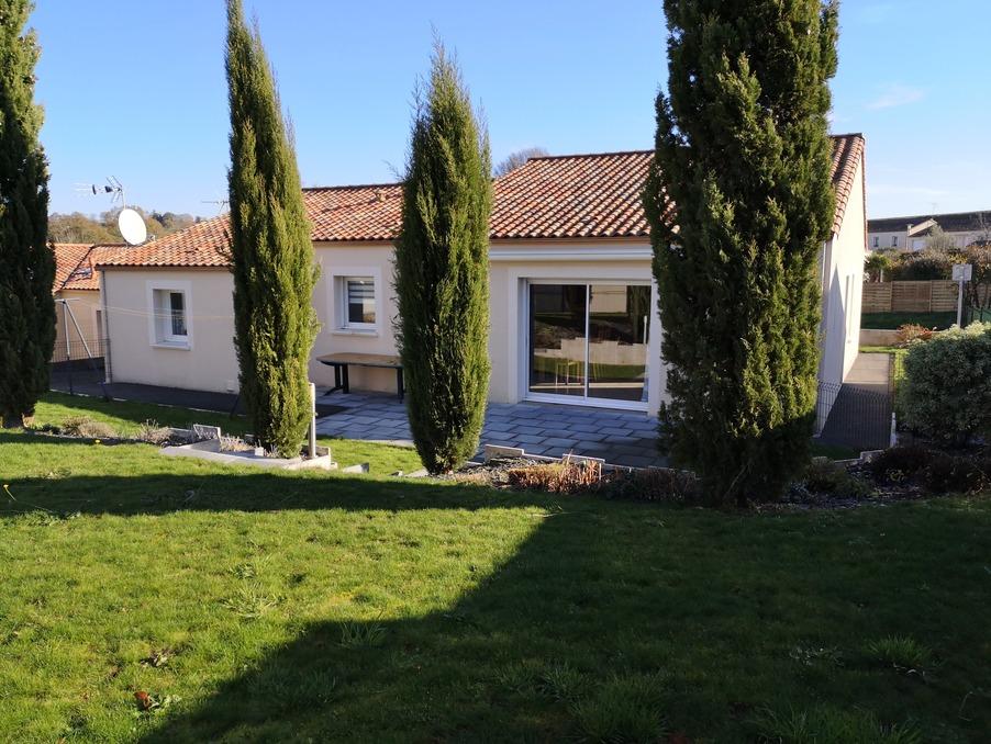 Vente Maison LES HERBIERS  247 900 €