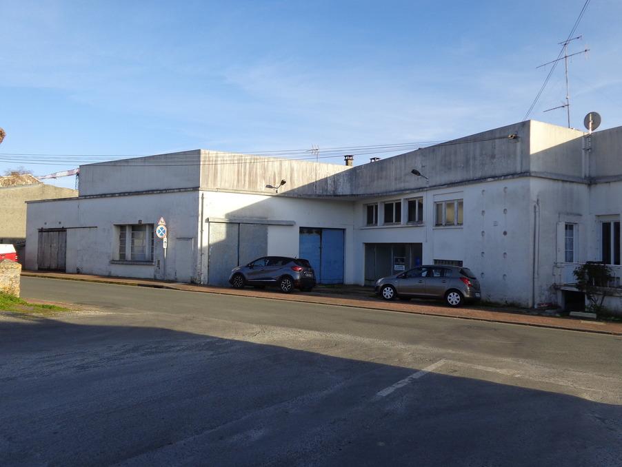 Vente Immeuble  séjour 20.15 m²  PONT L'ABBE D'ARNOULT  143 100 €