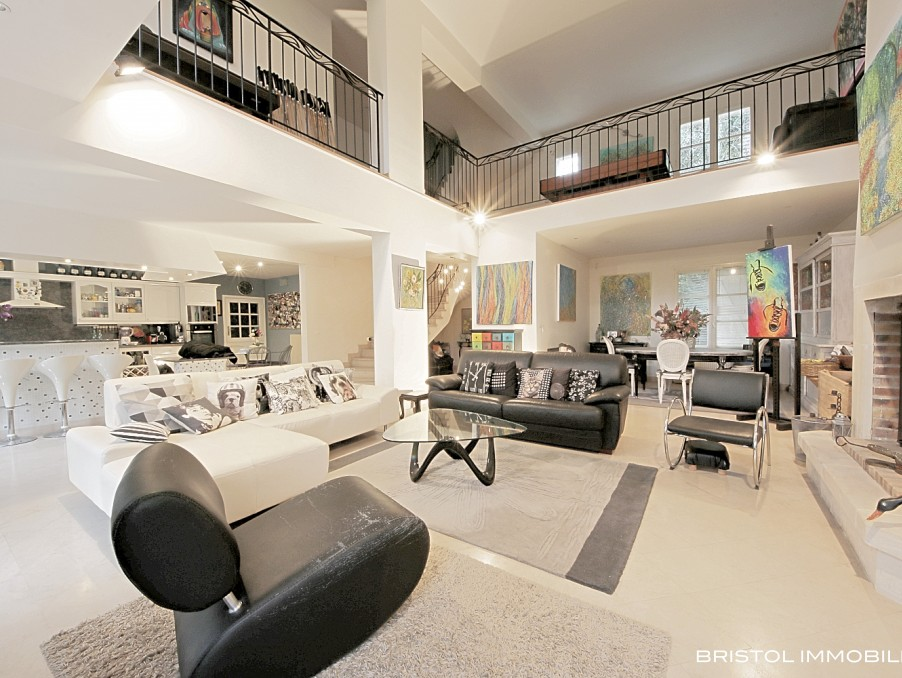 Vente Maison Senlis  835 000 €