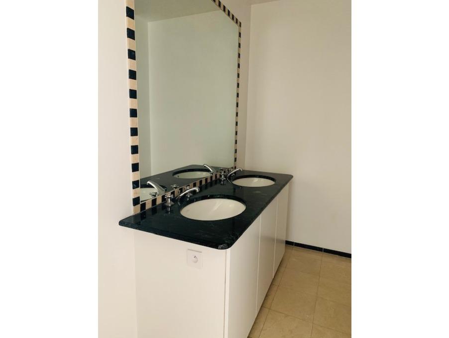 Location Appartement PARIS 7EME ARRONDISSEMENT 19