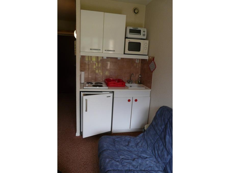 Location Appartement Montferrier  390 €