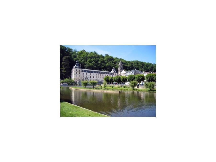 Location Maison Cantillac  320 €