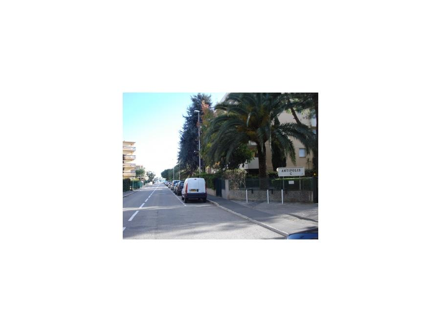 Location Appartement St laurent du var  250 €