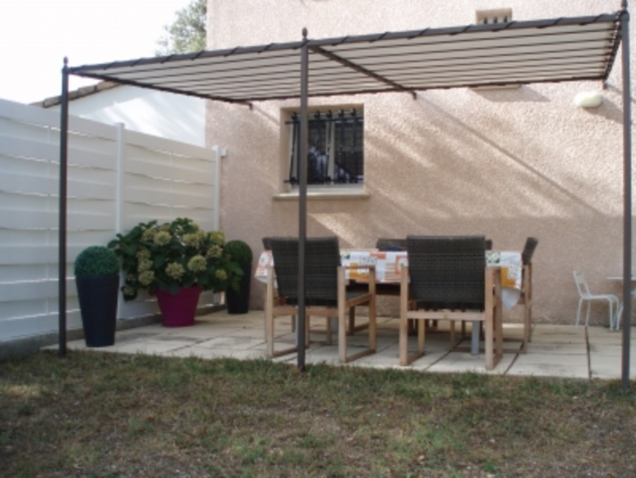 Location Maison Vézénobres  700 €