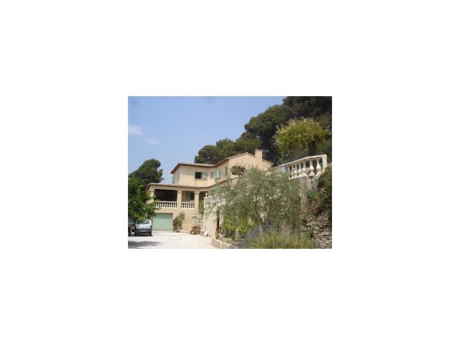 Location saisonniere Maison Castagniers 2