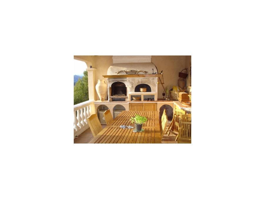 Location saisonniere Maison Castagniers 3