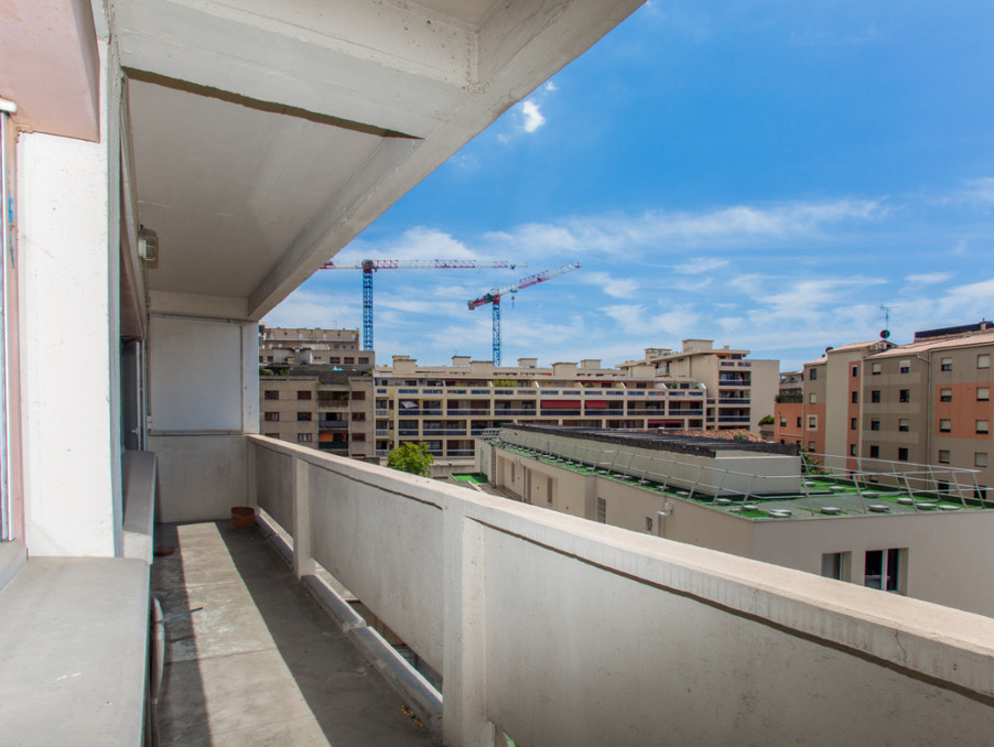 Vente Appartement Marseille 8e arrondissement  235 000 €