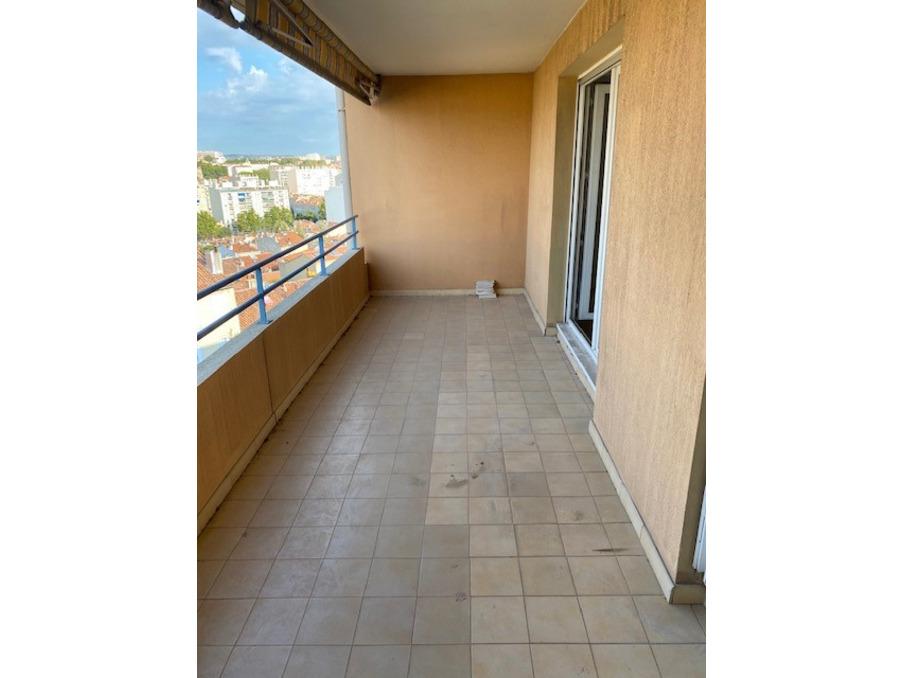 Vente Appartement Marseille 4e arrondissement  264 000 €