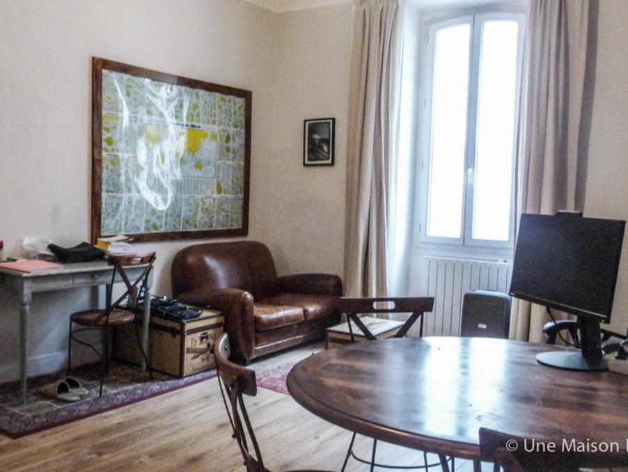 Vente Appartement  séjour 22 m²  AVIGNON  118 000 €