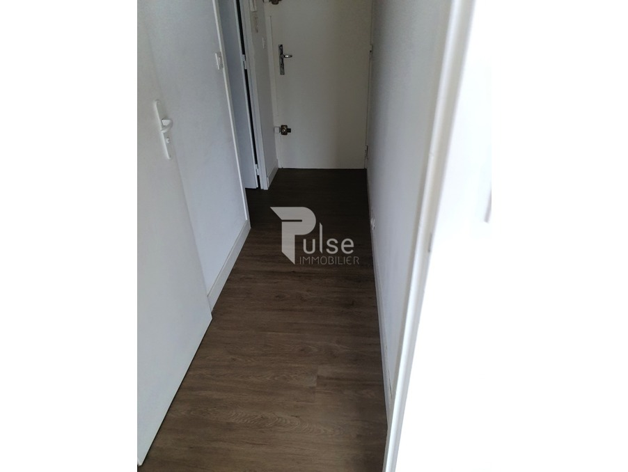 Location Appartement NIMES 4