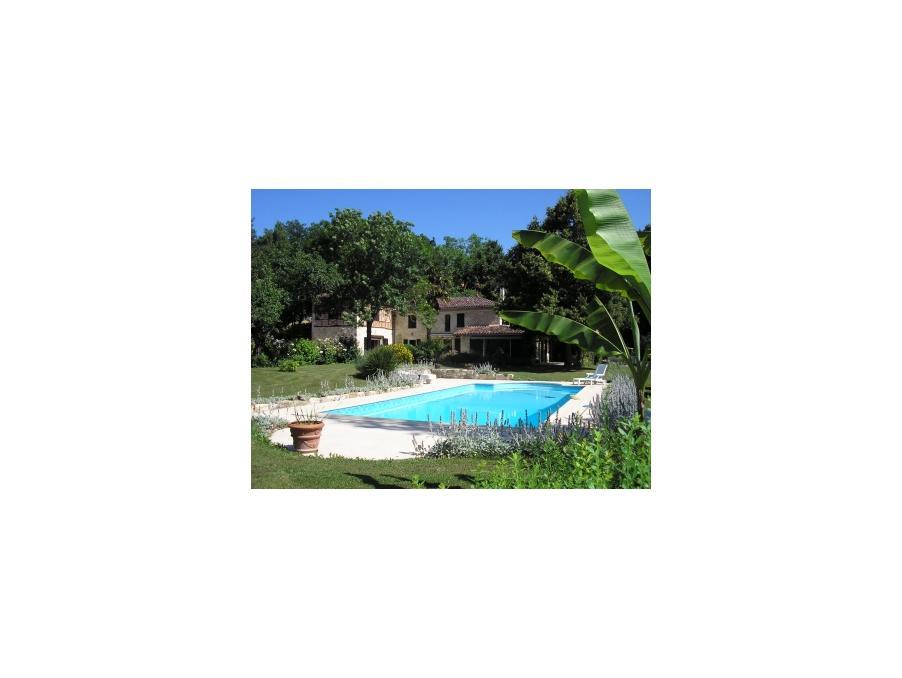 loue maison de vacances auch 4 chambres 850 pas cher. Black Bedroom Furniture Sets. Home Design Ideas