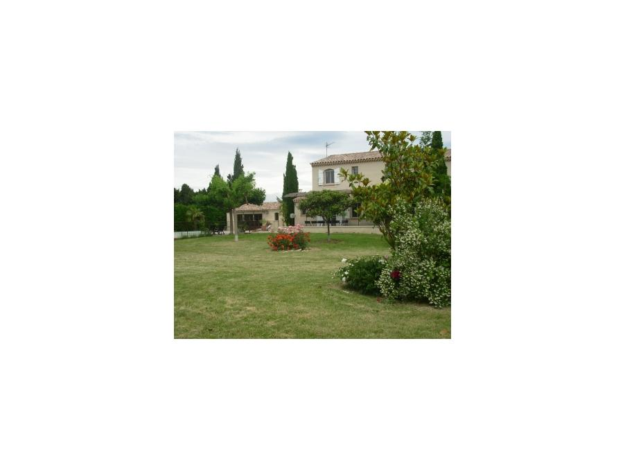 Location Maison Tarascon 2 500 €