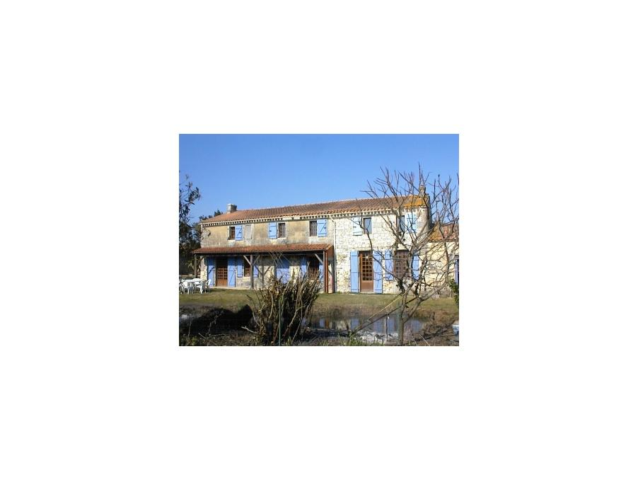Location Maison Jau dignac et loirac  350 €