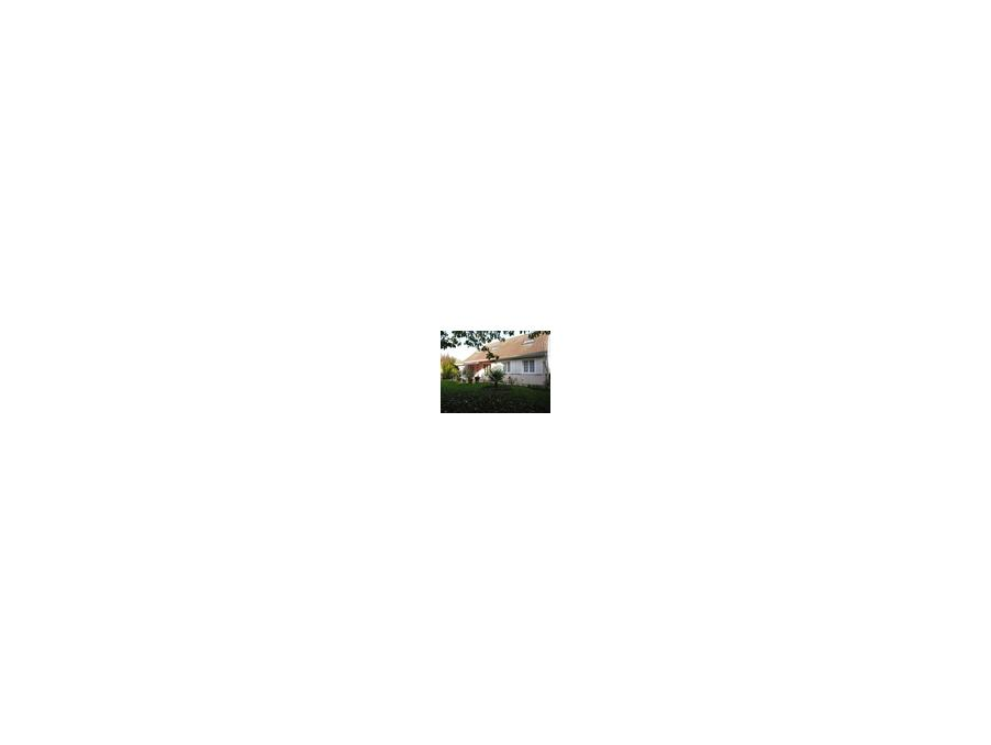 Vente Maison  avec jardin  St pierre du perray  347 000 €
