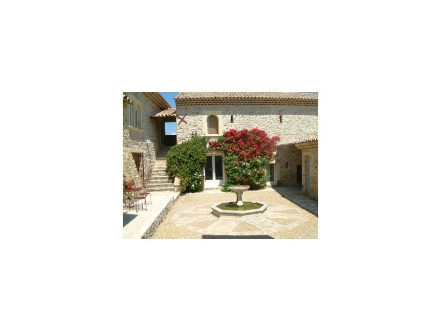 Location saisonniere Maison  avec jardin  Cruis 0 €