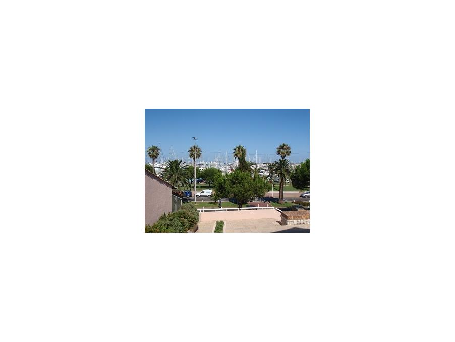 Location Appartement Antibes  350 €
