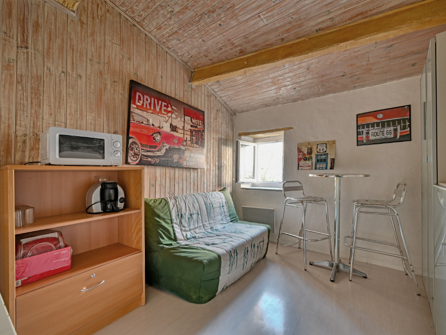 Location Appartement Villeneuve les avignon  280 €
