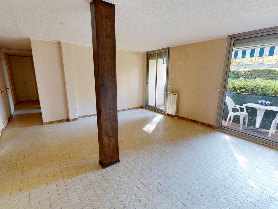 Vente Appartement MARSEILLE 8EME ARRONDISSEMENT  205 000 €