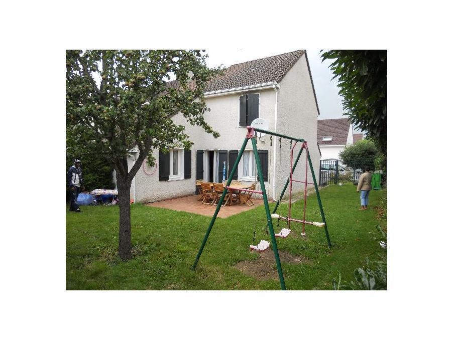 Vente Maison  avec jardin  Ris orangis  248 000 €