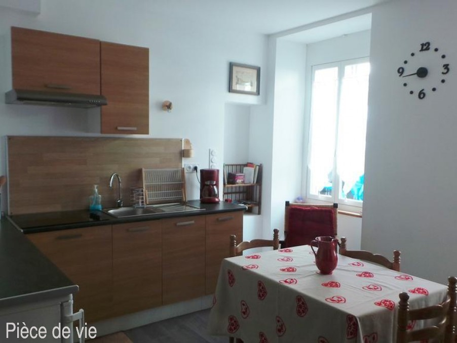Location Appartement Bagneres de bigorre  180 €
